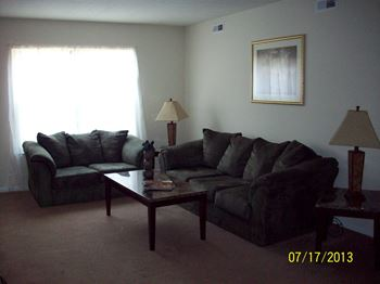 100-2 Radcliff Lane 1-3 Beds Apartment for Rent Photo Gallery 1