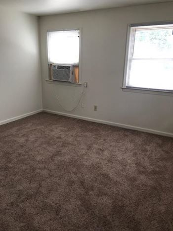 13441 Warwick Blvd Studio-1 Bed Apartment for Rent Photo Gallery 1