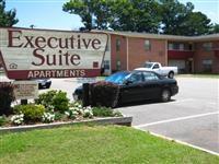 Executive Suite Apartments Community Thumbnail 1