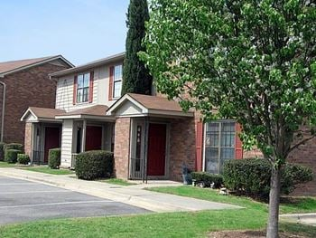 1671 Goshen Road 2-3 Beds Apartment for Rent Photo Gallery 1