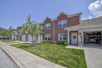 1100 Arneman Court 2-4 Beds Apartment for Rent Photo Gallery 1