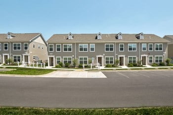 12935 Washington Township Blvd 2 Beds Apartment for Rent Photo Gallery 1