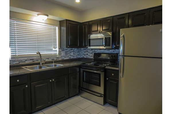 Palmera Pointe Upgraded Kitchens