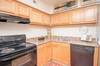 13302-B Garden State Dr. 2 Beds Apartment for Rent Photo Gallery 1