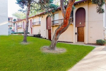2000 Mckelvey Hill Drive 1-3 Beds Apartment for Rent Photo Gallery 1