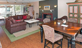 Apartments in Maryland Heights with a Community Room with Free Wi-Fi
