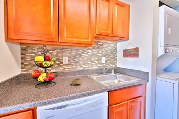 8800 Hunting Ln 1 Bed Apartment for Rent Photo Gallery 1