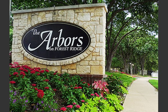 Arbors on Forest Ridge Apartments, 2200 Forest Ridge Dr., Bedford ...