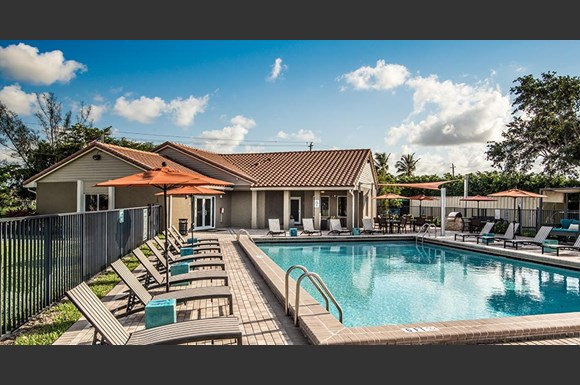 Pavilions At Deer Chase Apartments 4400 Northwest 6th Street Deerfield Beach Fl Rentcaf