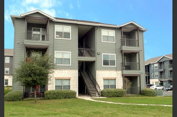 Woodlake Apartments San Antonio Tx