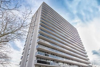 2160 Lakeshore Road 1 Bed Apartment for Rent Photo Gallery 1