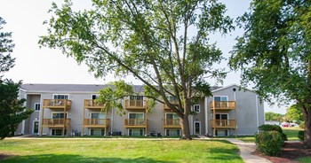 2510 Canterbury Rd. Studio-2 Beds Apartment for Rent Photo Gallery 1