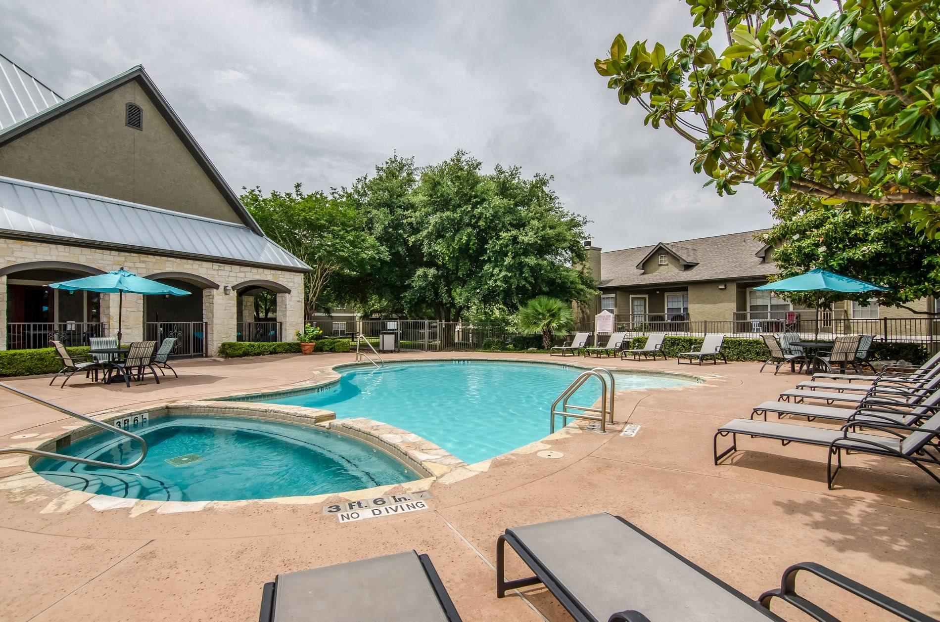 La Mirage Apartments In San Antonio Tx