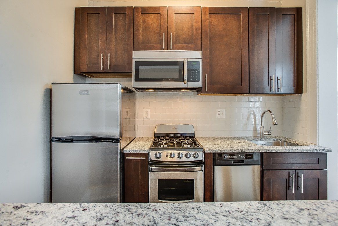 Belvedere One Bedroom Apartment Renovated Kitchen Logan Circle, Washington  DC