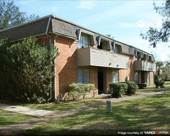 3400 Shady Hill Drive 1-3 Beds Apartment for Rent Photo Gallery 1