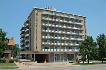 11406 & 11212 Clifton Blvd Studio-2 Beds Apartment for Rent Photo Gallery 1