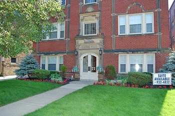 2540 & 2544 Overlook Rd 1-2 Beds Apartment for Rent Photo Gallery 1