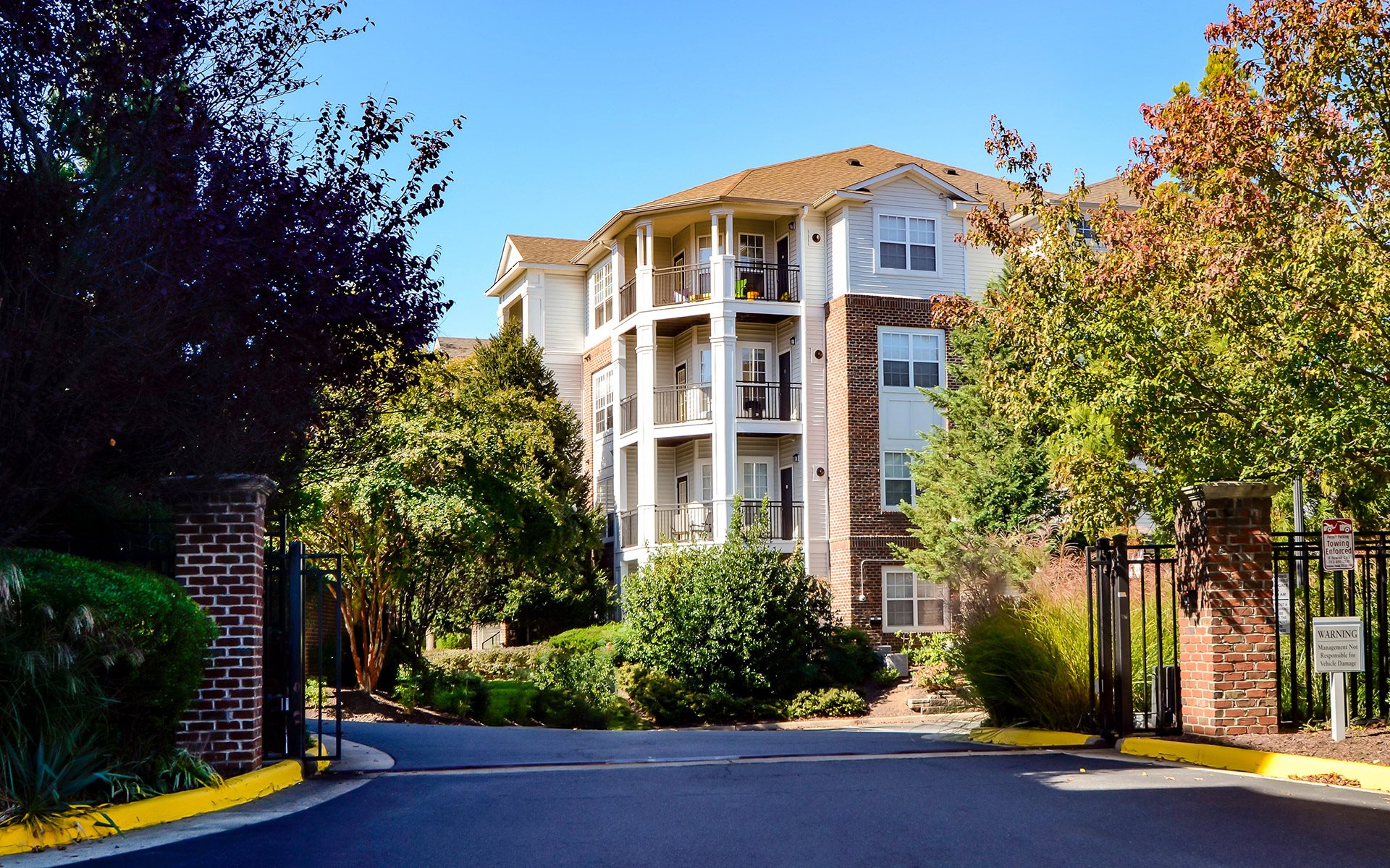 The Edge At Fairfax Corner Apartments In Fairfax Va