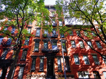 417 East 9Th Street 3 Beds Apartment for Rent Photo Gallery 1