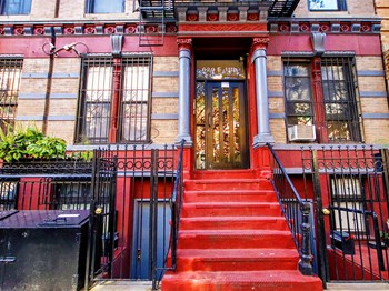 620 East 11Th Street 2 Beds Apartment for Rent Photo Gallery 1