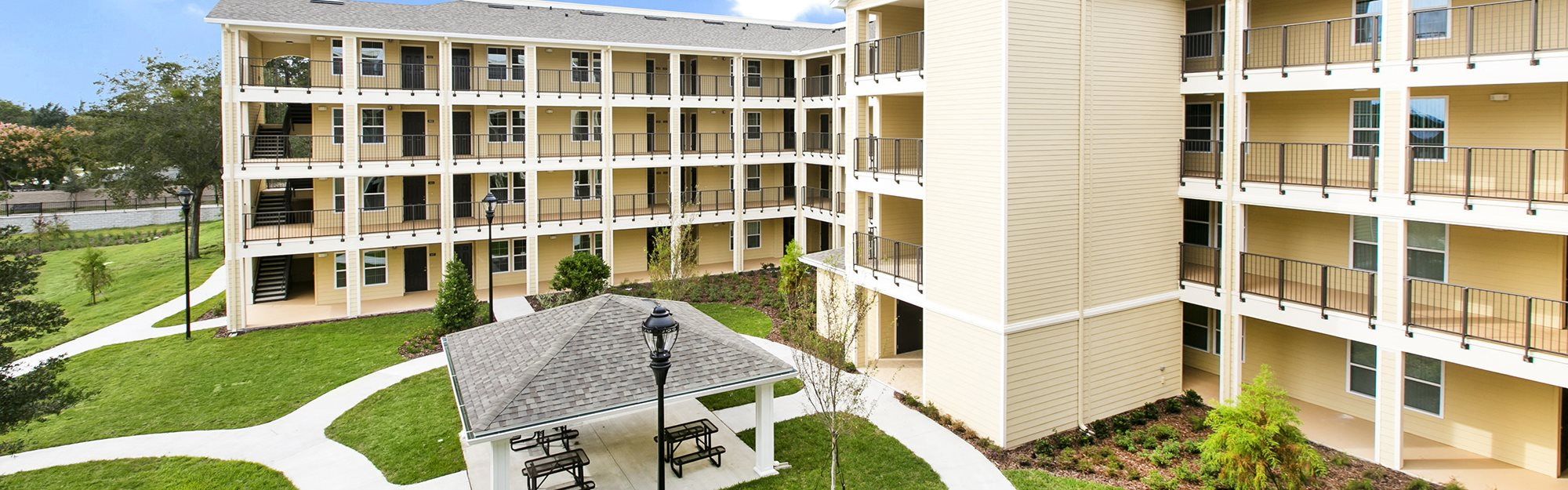 Garden Park Apartments for rent in Fern Park, FL. Make this community your new home or visit other Concord Rents communities at ConcordRents.com. Courtyard