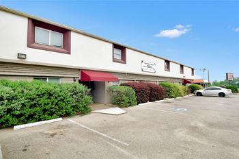 1133 W Washington Street Studio-2 Beds Apartment for Rent Photo Gallery 1