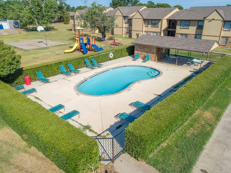 Apartments in Stephenville Pool