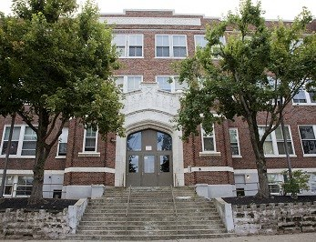 Schoolhouse Flats Apartments Community Thumbnail 1