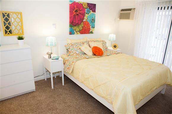 Comfortable Bedroom at Kingston Square Apartments, Indianapolis, 46226