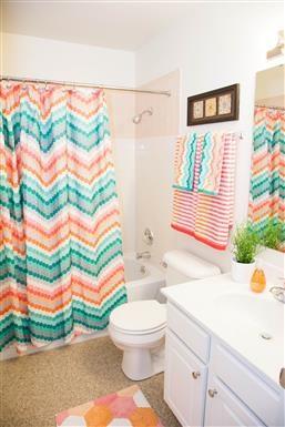 Large Soaking Tub In Bathroom at Kingston Square Apartments, Indiana, 46226