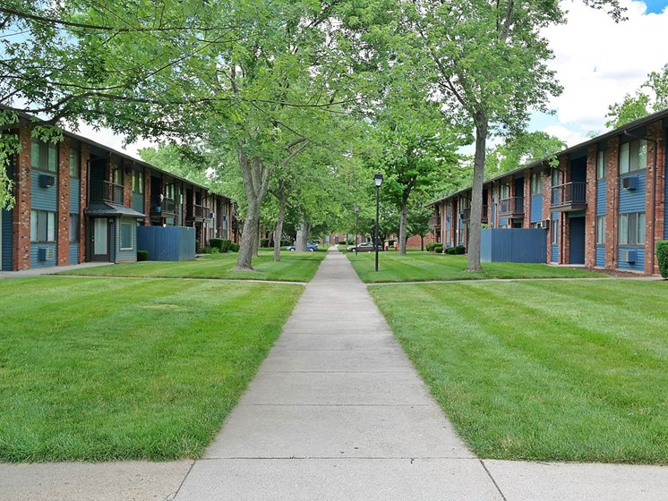 Green Space Walking Trails at Kingston Square Apartments, Indianapolis, Indiana