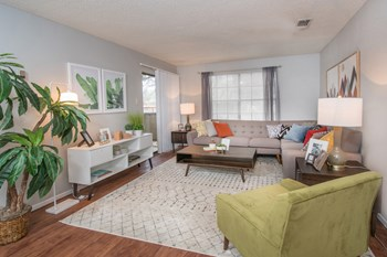 2125 Universal City Blvd 1-2 Beds Apartment for Rent Photo Gallery 1
