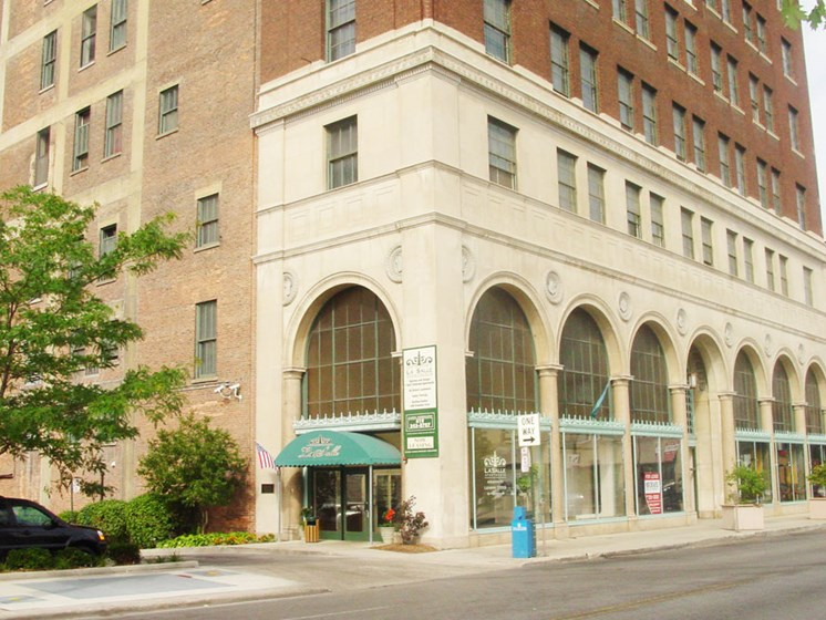 The Historic LaSalle Apartments in Downtown Toledo, OH