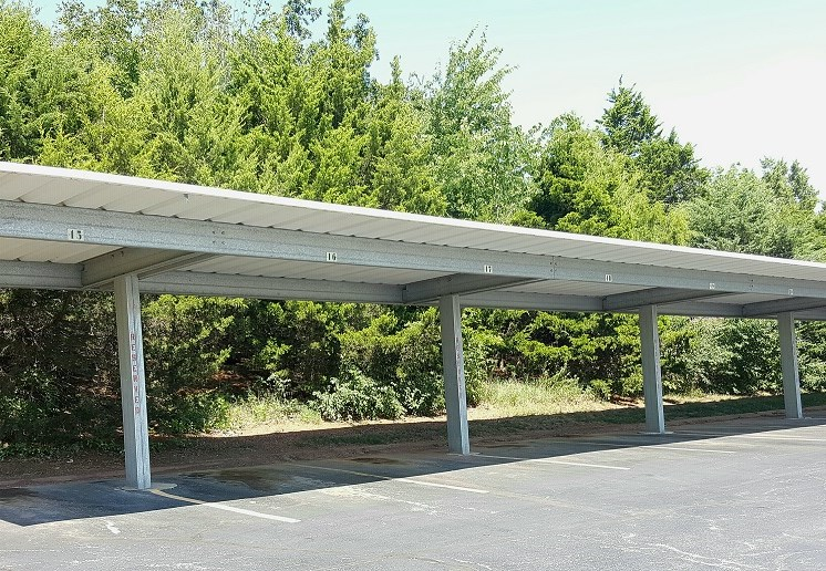 Carports available at Prairie Walk Apartments in KC