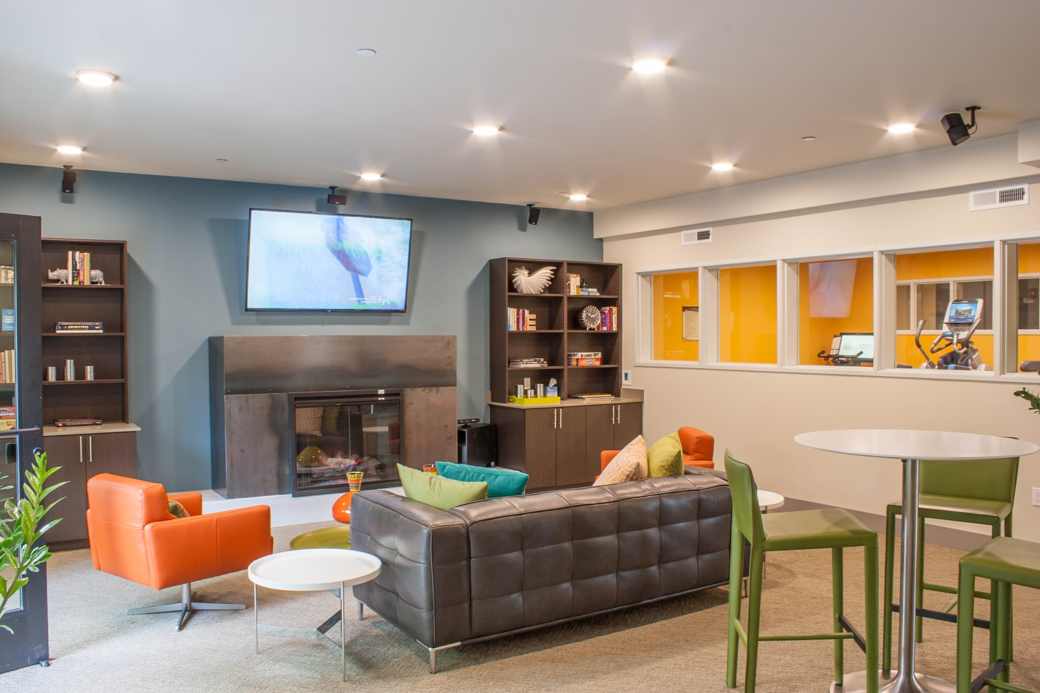 Resident Lounge at Canvas Apartments, Seattle, WA,98119
