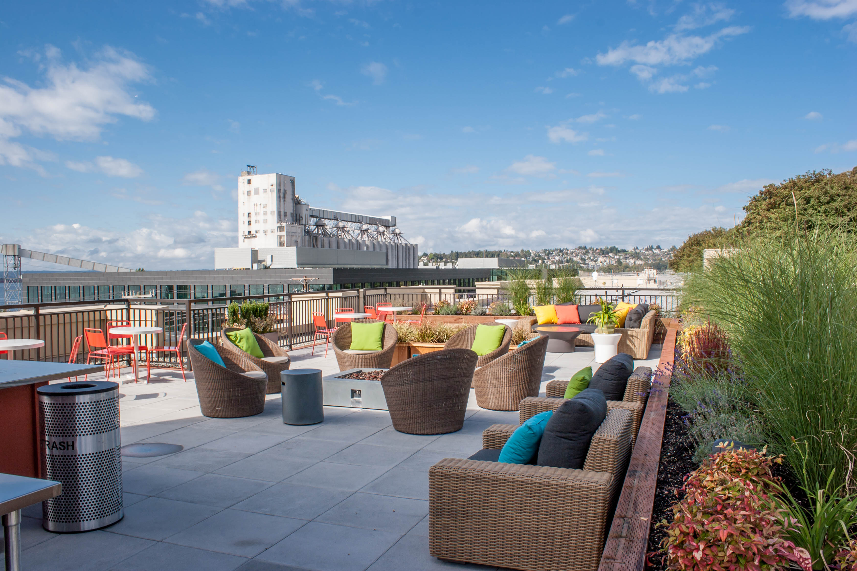 Roof Top Deck With Barbecue And Green Roof At Canvas Apartments, Seattle,  WA,