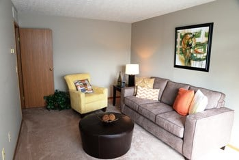 5746 Lakewell Court 1-2 Beds Apartment for Rent Photo Gallery 1