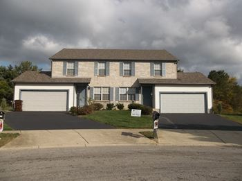 6950-A Americana Parkway 2-4 Beds Apartment for Rent Photo Gallery 1