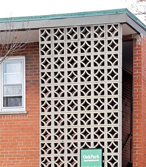 527-533 Desplaines Ave. & 7624-726 Wilcox St. 1-2 Beds Apartment for Rent Photo Gallery 1