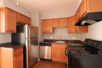 133 Rockford Ave. 1-2 Beds Apartment for Rent Photo Gallery 1