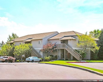 2755 NE Voyd Acres Road 1-3 Beds Apartment for Rent Photo Gallery 1