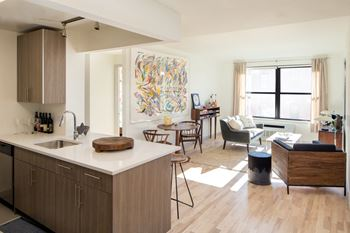 1133 Manhattan Avenue 1-2 Beds Apartment for Rent Photo Gallery 1