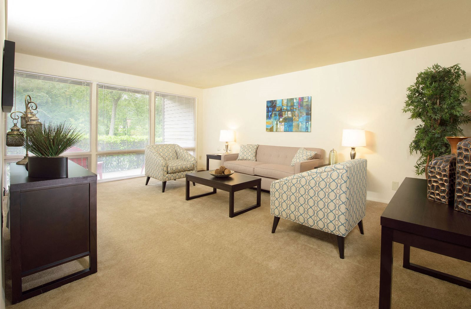 Natural lights in Living Area, at Brook View Apartments, Baltimore, 21209