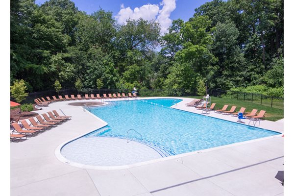 Swimming Pool with Free Wi-Fi and Splash Pad at Courthouse Square Apartments, 1112 Ivywood Lane, MD