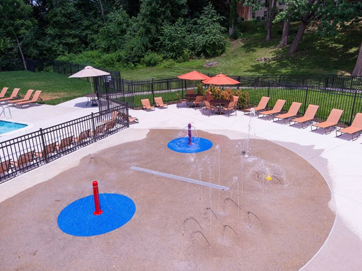 Splash Pad at Courthouse Square Apartments, 1112 Ivywood Lane, MD