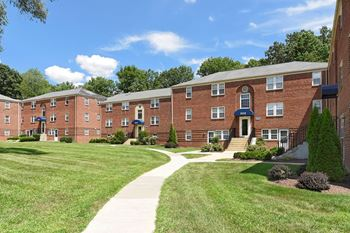 3301 Clarks Lane 1-2 Beds Apartment for Rent Photo Gallery 1