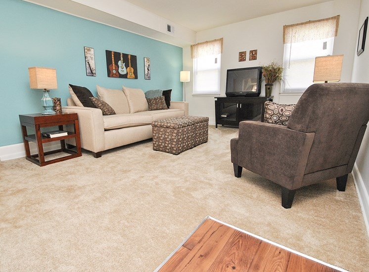 Lush Wall-to-Wall Carpeting at Donnybrook Apartments, Towson, MD,21286