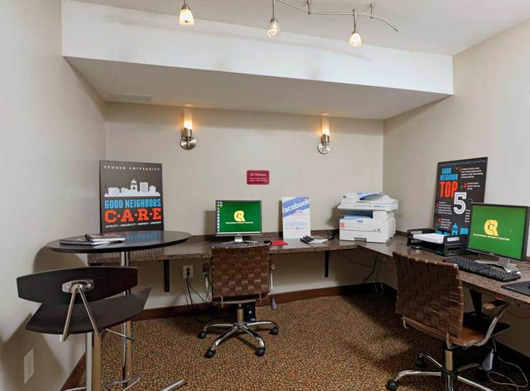 Business Center with High Speed Internet at Kenilworth at Charles Apartments, Towson, MD,21204