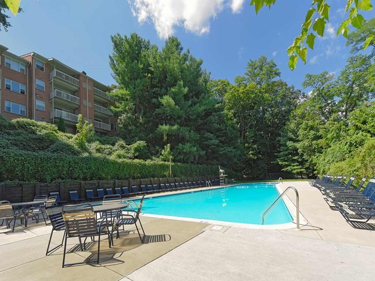 Resort-Style Zero-Entry Poolat Kenilworth at Charles Apartments, Towson, MD,21204