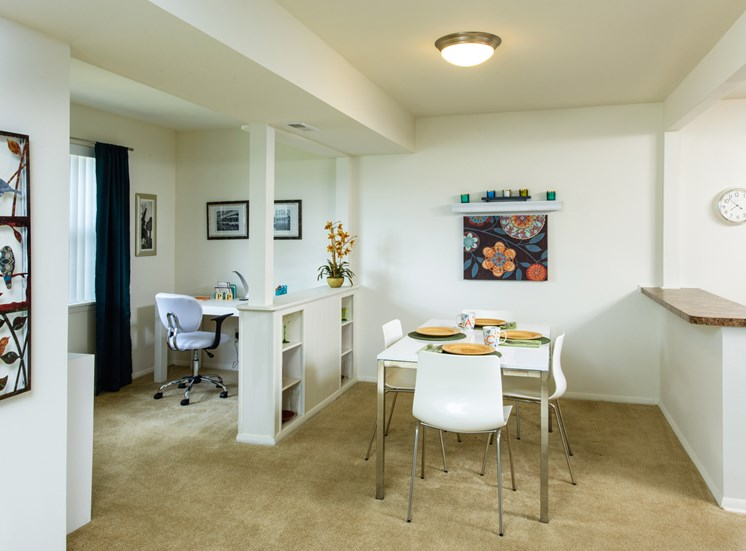 Separate Dining Area and Alcove, Kenilworth at Perring Park Apartments, Parkville, MD